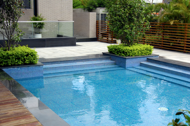 A Brief Overview of Swimming Pools